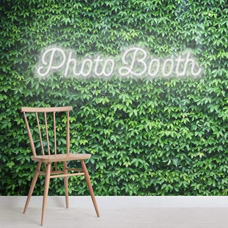 photobooth neon sign